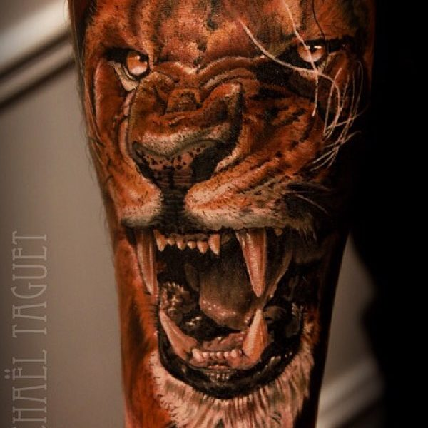 michael-taguet-lion-tattoo